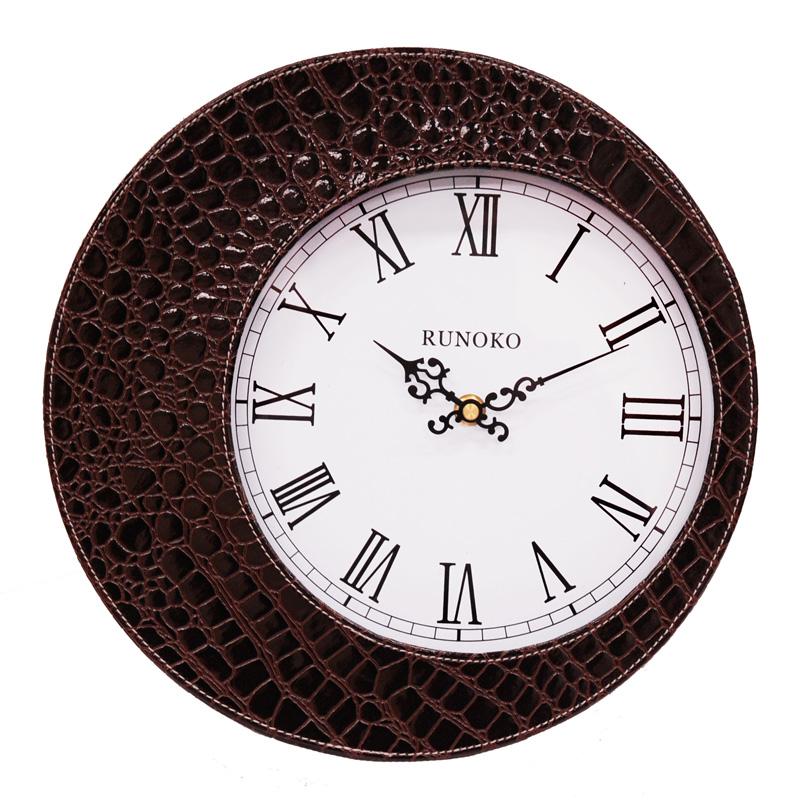 Кожаные часы настенные шеколадные для декора оптом Николаев
