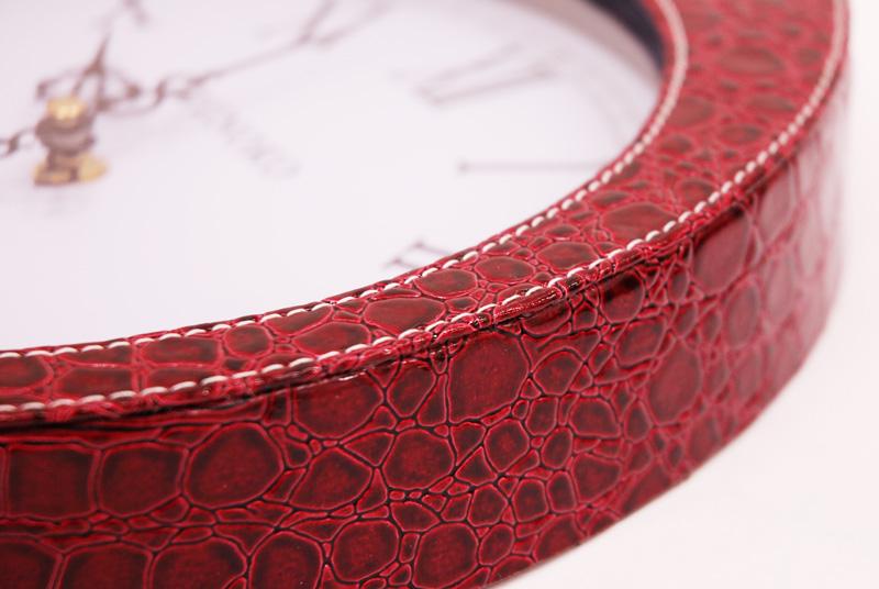 Часы настенные красные крокодиловая кожа опт Кировоград
