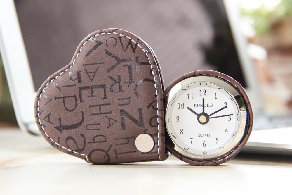 Настольные часы - будильник коричневые Runoco