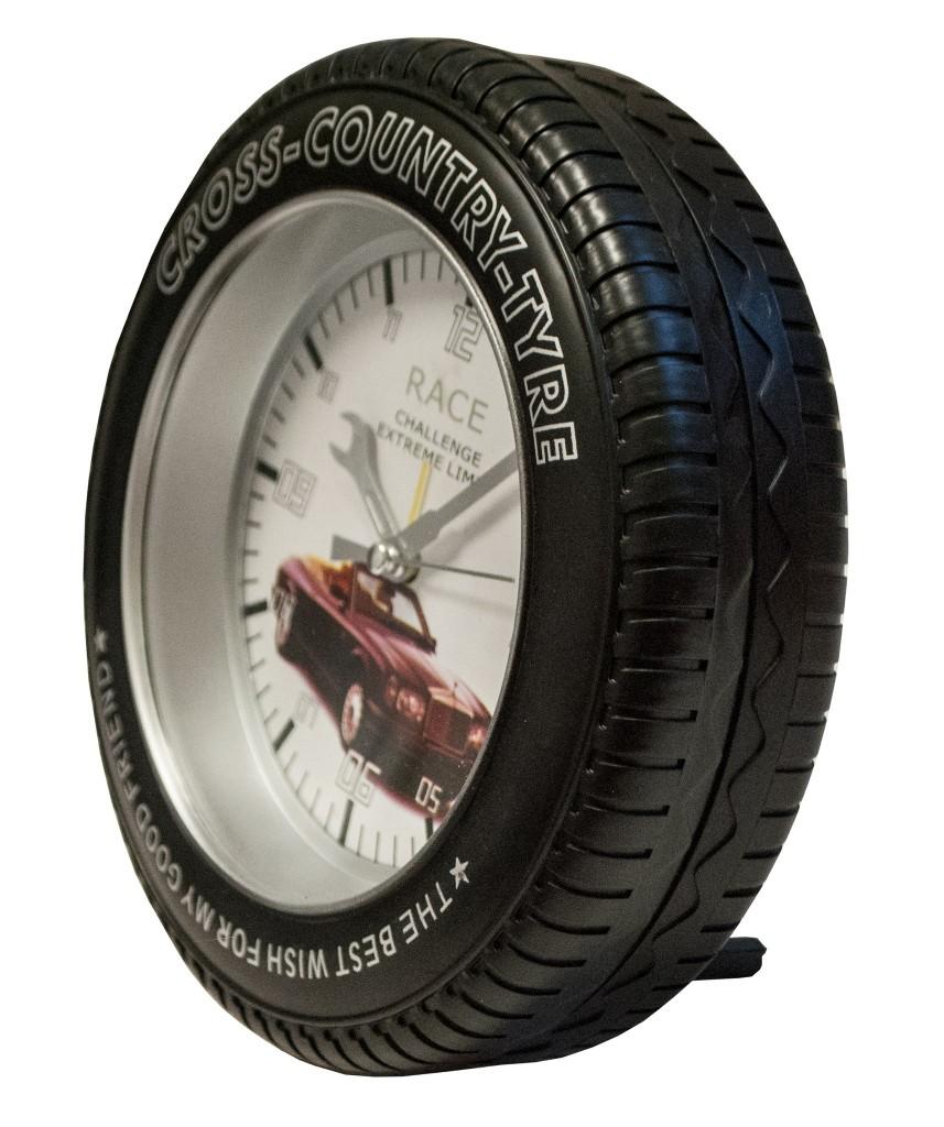 Годинник для автомобіліста шина